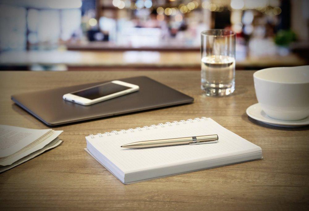 Tombow Kuličkové pero ZOOM L105 stříbrné