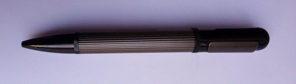 Kuličkové pero limitovaná edice titan
