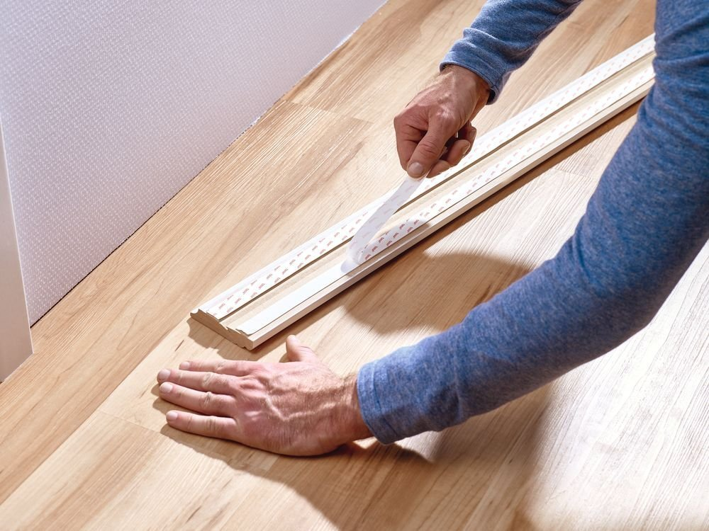 Montážní oboustranná páska na tapety a omítku 10kg/m